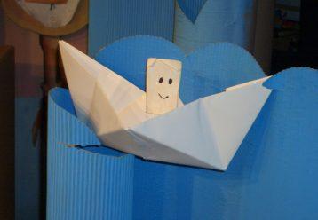 «Ήταν ένα μικρό χαρτάκι»: Η νέα κουκλοθεατρική παράσταση που θα δούμε φέτος στις «Φιγούρες & Κούκλες» (από 7/11)