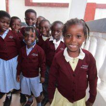 Απίθανο: Μαθητές ελληνικού σχολείου στην Γκάνα χορεύουν... ποντιακά!