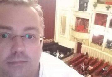 """Σέρρες: 44χρονος καθηγητής, πατέρας 3 παιδιών """"έφυγε"""" από κορωνοϊό - Είχε υπογραψει να μην διασωληνωθεί"""
