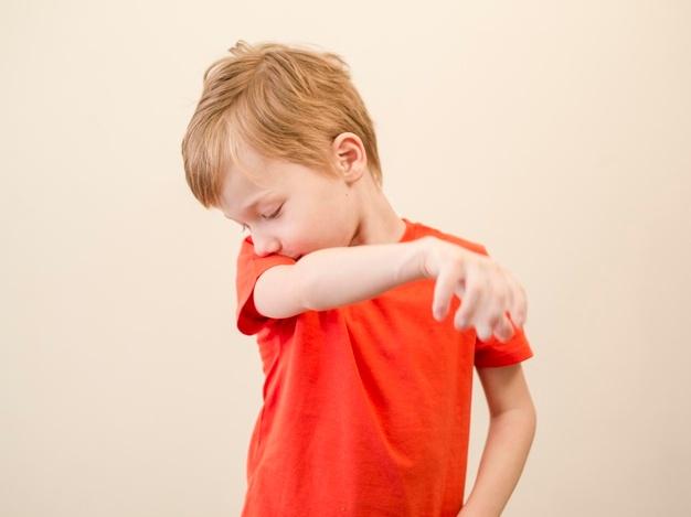 Ο παιδίατρος συμβουλεύει: Τι ΔΕΝ πρέπει να κάνετε αν το παιδί σας έχει συνέχεια μύξα