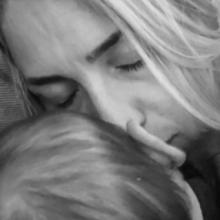 Μαρία Ηλιάκη: Στα break της εκπομπής αντλεί γάλα και το βάζει στην κατάψυξη