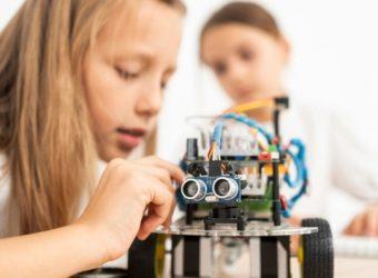 eTwinning: Αυτά είναι τα σχολεία που θα λάβουν δωρεάν σετ εκπαιδευτικής ρομποτικής και 3D εκτυπωτές