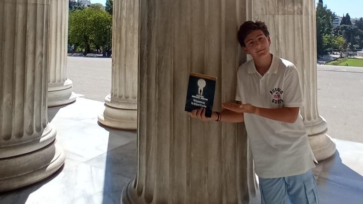 O 14χρονος Δημοσθένης- Δημήτριος Δεσποτίδης δημοσίευσε την πρώτη του ποιητική συλλογή