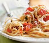 Σπαγκέτι με ρίγανη και ψητές ντομάτες… ανοιξιάτικη απόλαυση
